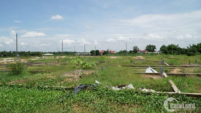 Rất nhiều người đặt cọc mua đất nhưng sau đó phải chấp nhận mất tiền vì dự án chưa đủ điều kiện pháp lý