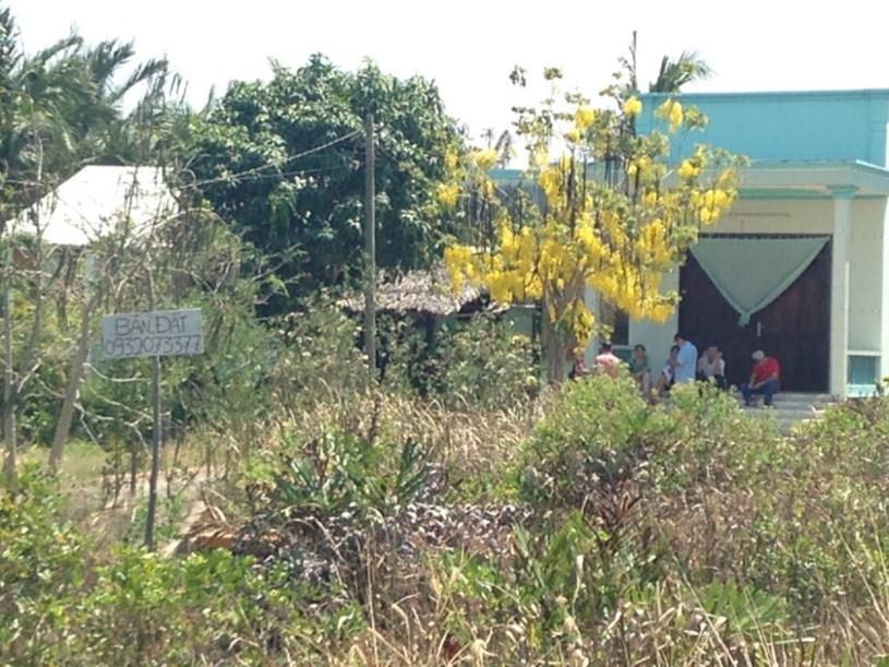 Các nhà đầu tư lùng sục mua đất Cần Giờ - Ảnh: Zingnews