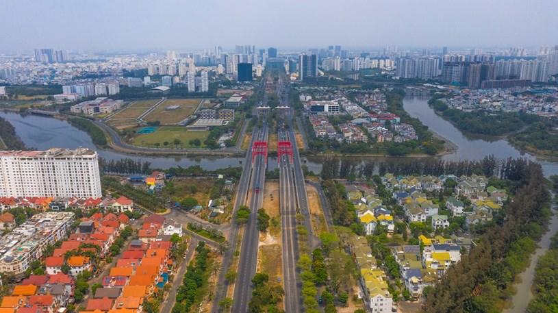 Với sự phát triển của hạ tầng, Khu Nam Sài Gòn luôn thu hút các nhà đầu tư & nhà phát triển bất động sản với các dự án lớn và chất lượng. Ảnh: Quang Định