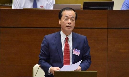 Trả lời chất vấn, Bộ trưởng Xây dựng Phạm Hồng Hà thừa nhận giá bất động sản của Việt Nam còn đang ở mức cao so với giá trị thực và cao so với thu nhập của người dân.