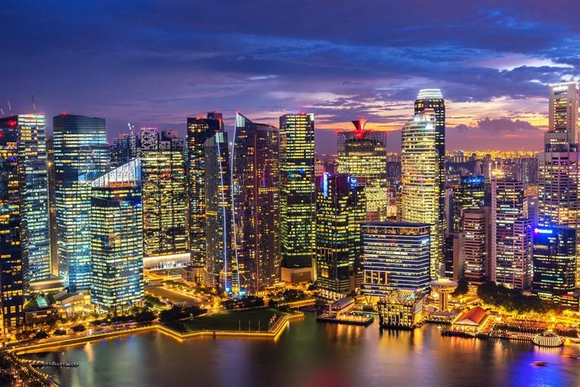 Singapore nổi tiếng với những tòa cao ốc chọc trời (Ảnh Shutterstock)