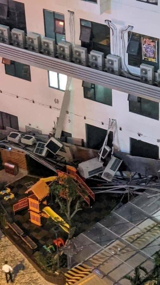 Tai nạn kinh hoàng tại chung cư An Bình (An Bình Plaza, số 97, Trần Bình- Mỹ Đình II, HN)  - Ảnh 1